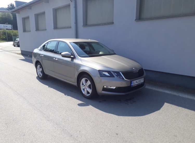ŠKODA Octavia DSG 1,6 CR / 85 kW Ambition Plus